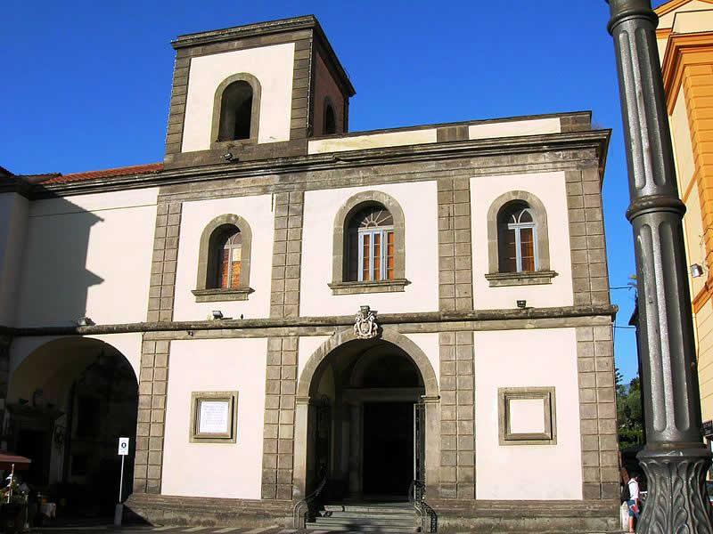 Basilica of Sant'Antonino: Sorrento tour guide