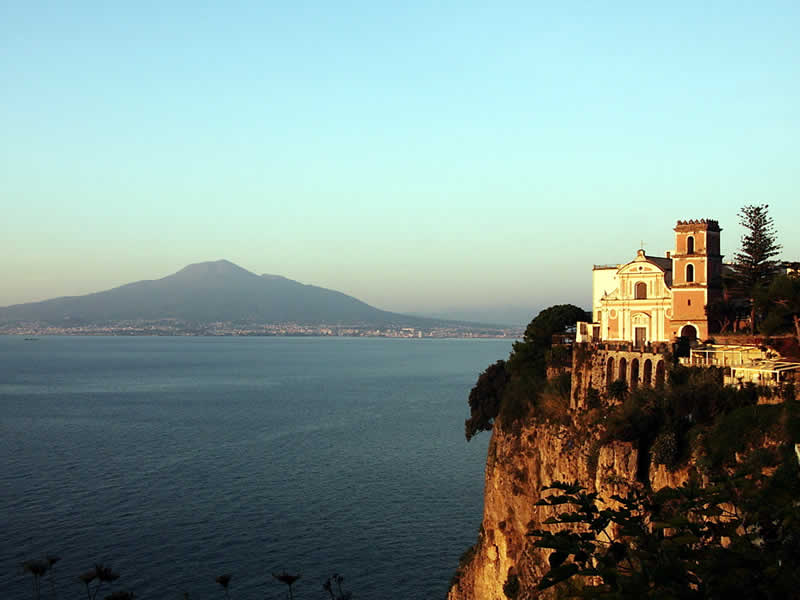 Vico Equense: Sorrento tour guide