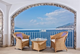 hotels in sorrento italy 4 star: Hotel Belair