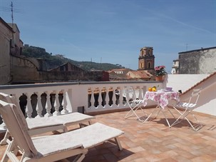best area to stay in sorrento: Sorrento Marida Rooms